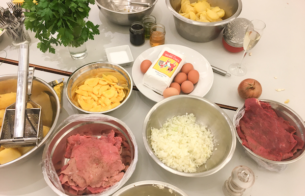 Wrenkh s wiener kochsalon cooking classes a unique for Austrian cuisine history